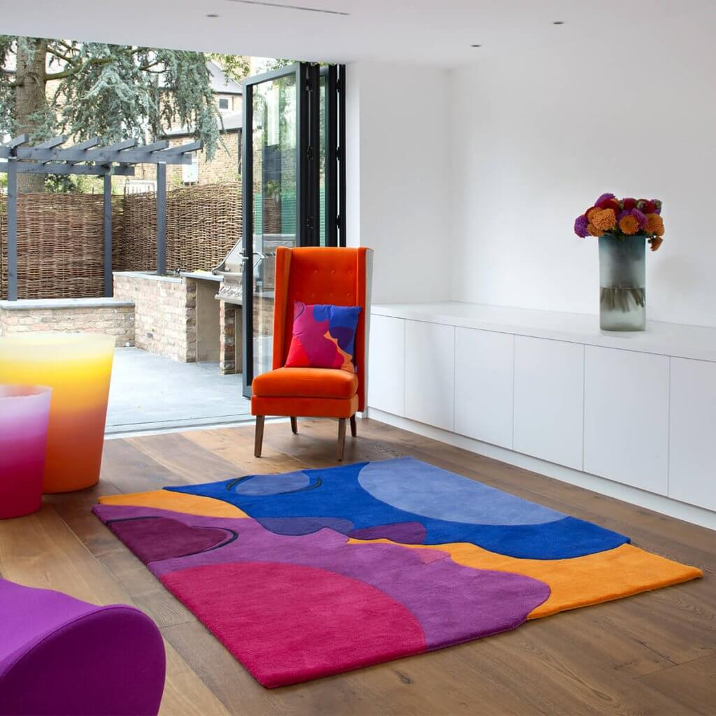 Colourful Contemporary Rugs - The Kiss